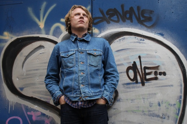 ty_segall_Veronika_Moore